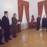 A Szlovák Köztársaság ezüstplakettjének átadása